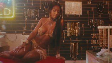 Summer Walker x Usher- Come Thru (Official Video)